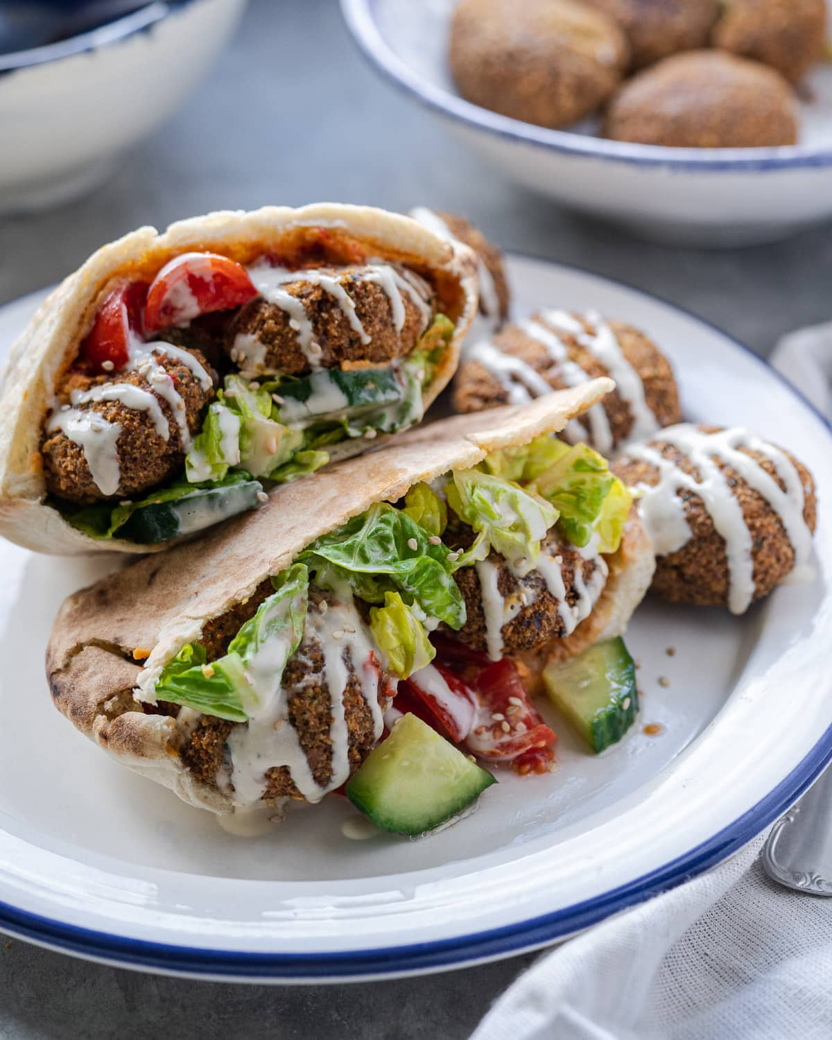 Falafel Pita Sandwich Six Hungry Feet Recipes Vegan