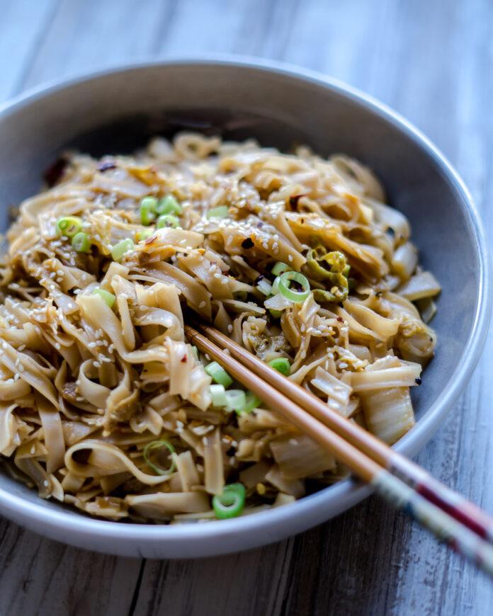 Rice Noodle Napa Cabbage Stir Fry