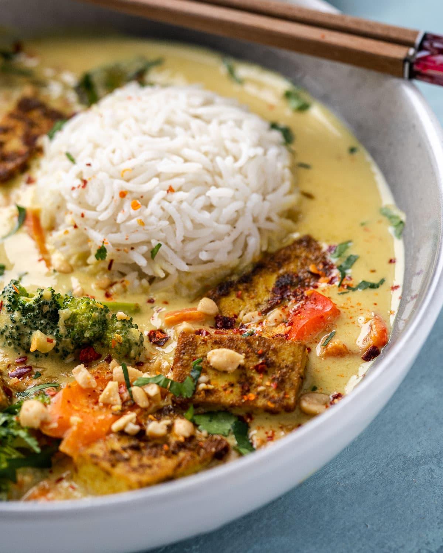 Vegan Thai Peanut Curry