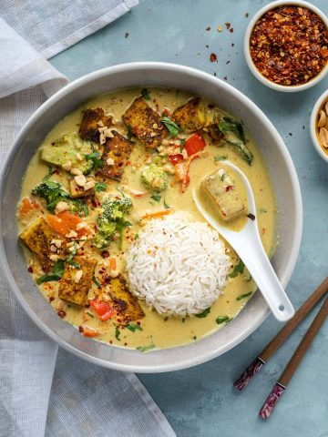 Vegan Thai Peanut Curry