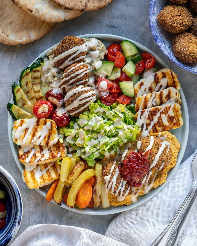 falafel mezze platter